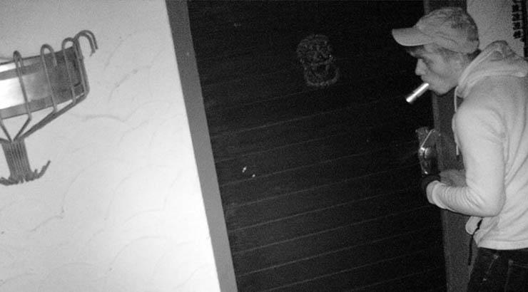 Einbrecher mit der Fotofalle fotografiert