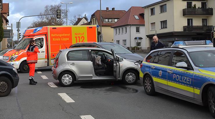 Verkehrsunfall mit drei Verletzten 15.01.2019 – 12:37