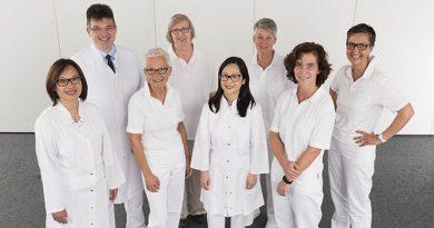 in Deutschland sind sechs Millionen Menschen von Diabetes betroffen. Davon werden jährlich etwa zwei Millionen in einem Krankenhaus behandelt. Sie wollen sicher sein, dass ihre Grunderkrankung kompetent berücksichtigt wird, auch wenn sie sich etwa wegen eines Eingriffs an Hüfte oder Herz in eine Klinik begeben.