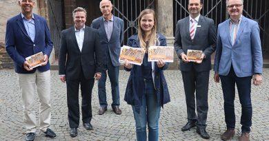 """zum Eröffnungskonzert am kommenden Sonntag """"Französisch-deutsche Beziehungen – Erstes Orgelsommer-Konzert mit dem Meister von Notre-Dame""""."""