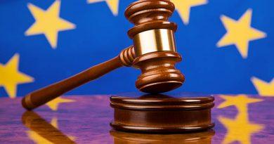 Das Landgericht Ravensburg lässt das Jahr mit einem Paukenschlag beginnen und bringt die Bankenbranche in Deutschland zum Beben.