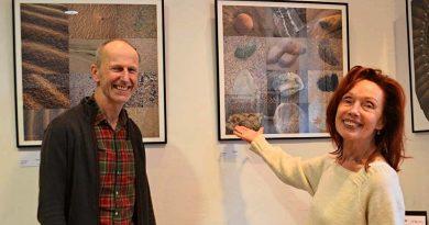 """Foto-Ausstellung """"Fundsachen Regard modifié"""" von UlrikeTerhardt im Haus unter den Linden, Unter den Linden 12, 32052 Herford vom 14. Feb. bis 16. März 2020"""