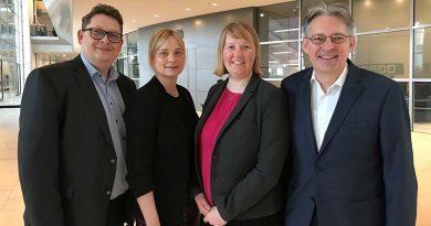 Foto (Büro Schwartze): Stefan Schwartze, Marja-Liisa Völlers, Wiebke Esdar, Achim Post