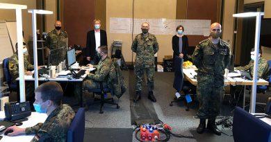 Verstärkung im Gesundheitsamt - Soldaten erhalten Lob von ihrem Vorgesetzten
